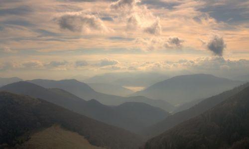 Zdjęcie SłOWACJA / Karpaty Zachodnie / Mała Fatra / Za górami, za lasami - Konkurs