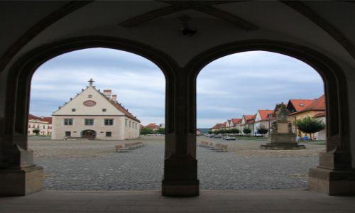 Zdjęcie SłOWACJA / Szarysz. / Bardejov / Rynek w Bardejovie