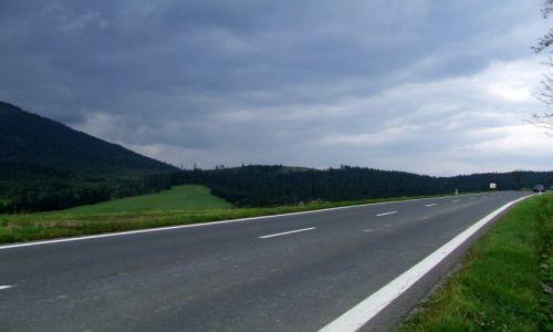 Zdjęcie SłOWACJA / Tatrzański Park Narodowy / Droga nr 67, pomiędzy Żdiar a Tatranska Javorina / Słowackie Tatry
