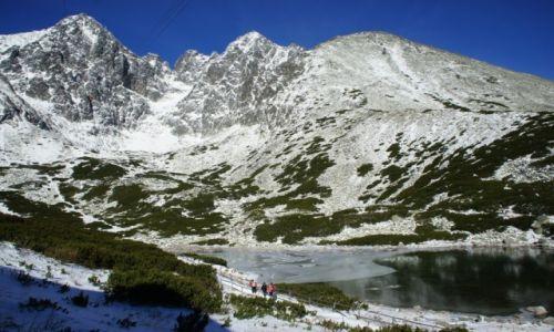 Zdjęcie SłOWACJA / Poprad / Skalnaté pleso / Przyprószone śniegiem