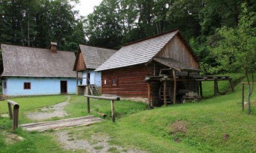 Zdjecie SłOWACJA / Szarysz / Bardejovske Kupele, Skansen architektury ludowej / Zagroda łemkowska