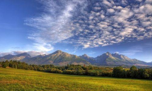 Zdjęcie SłOWACJA / Okres Poprad, Presovsky kraj. / Nova Lesna,  / Nova Lesna widok na Tatry Wysokie.