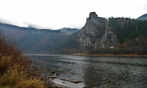 Zdjecie S�OWACJA / �yli�ski kraj - dolina Wagu / Stre�no / Ruiny gotyckieg