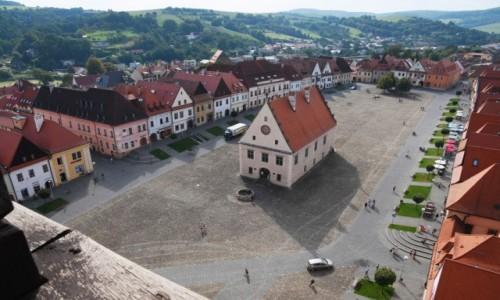 Zdjęcie SłOWACJA / Szarysz / Bardejów / Widok na rynek z wieży kościoła św. Idziego