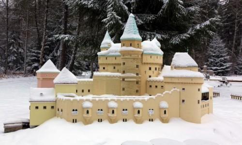 Zdjecie SłOWACJA / Liptov / Liptowski Jan. / Zamek w Bojnicach (park miniatur)