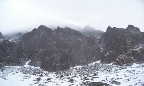 Zdjęcie SłOWACJA / Dolina Kieżmarska  / Dolina Zeleneho Plesa (okolica Schroniska nad Zielonym Stawem)  / Tatry zimą