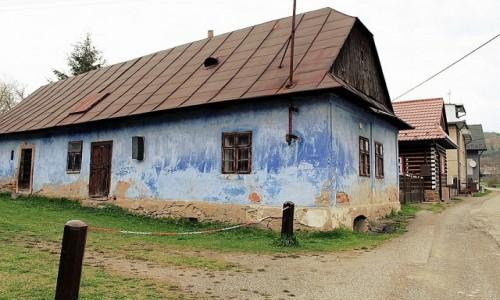 Zdjęcie SłOWACJA / kraj preszowski / Kyjov / Z przeszłością albo po przejściach