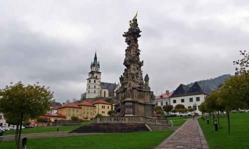 Zdjecie SłOWACJA / Kraj bańskobystrzycki / Kremnica / Rynek, kolumna morowa.