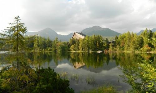 SłOWACJA / Wysokie Tatry. / Szczyrbskie Jezioro. / Nad Szczyrbskim Jeziorem..