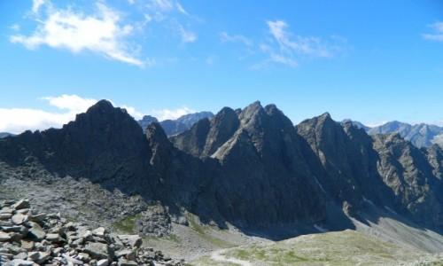 Zdjęcie SłOWACJA / Wysokie Tatry. / Lodowa Przełęcz 2372 m. / Widok z Lodowej Przełęczy 2372 m.
