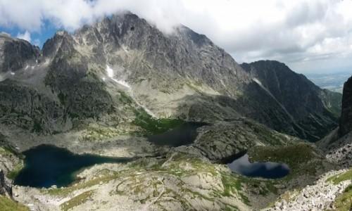 SłOWACJA / Lodowa Przełęcz.2372 m. / Dolina Pięciu Stawów Spiskich. / Panorama - Pięć Stawów Spiskich.