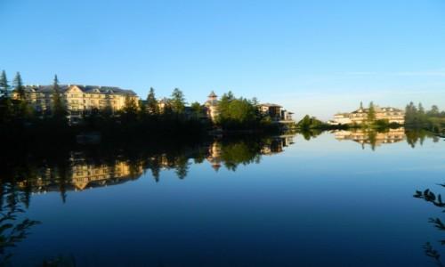 SłOWACJA / Szczyrbskie Jezioro. / Szczyrbskie Jezioro. / Szczyrbskie Jezioro o poranku.