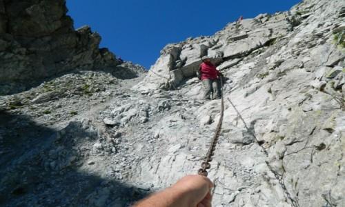 Zdjecie SłOWACJA / Dolina Jaworowa. / Lodowa Przełęcz 2372 m. / Schodzimy z Lodowej przełeczy.