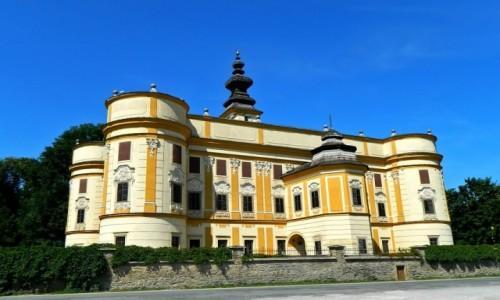 Zdjęcie SłOWACJA / kraj koszycki. / pow. Nowa Wieś Spiska. / Markuszowce - Rokokowy pałac.