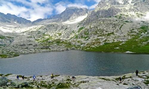 Zdjęcie SłOWACJA / Dolina Pięciu Stawów Spiskich. / Chata Teryego. / Nad Pośrednim Stawem Spiskim.