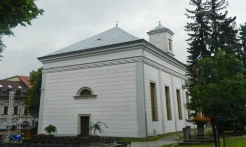 Zdjecie SłOWACJA / kraj preszowski. / Poprad. / Poprad - kościół św. Trójcy.