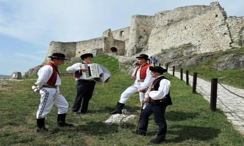 Zdjęcie SłOWACJA / Spisz / Zamek Spiski / Muzyka na zamku