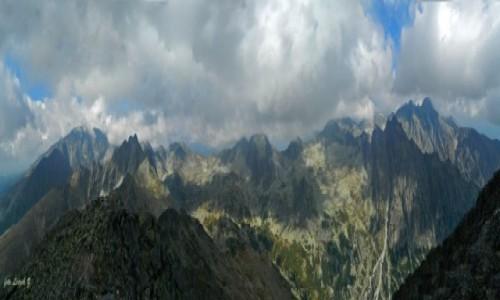SłOWACJA / Wysokie Tatry. / Sławkowski Szczyt 2452 m. / Panorama ze