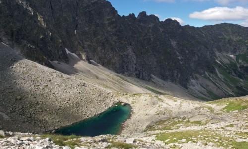 Zdjecie SłOWACJA / Wysokie Tatry. / Lodowa Przełęcz 2372 m. / W Jaworowej Dolinie.