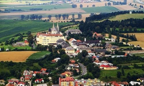 Zdjęcie SłOWACJA / Spisz / okolice Spiskiego Podgrodzia / panorama Kapituły Spiskiej z zamku