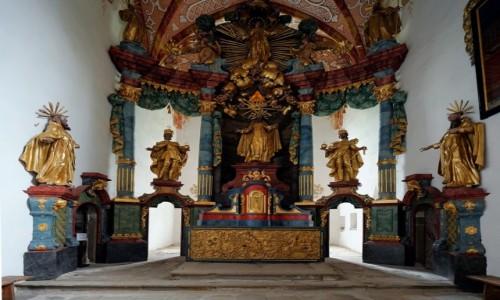 Zdjęcie SłOWACJA / Pieniny / Czerwony Klasztor / Kaplica klasztorna - ołtarz