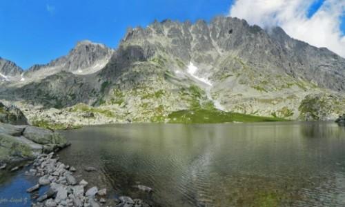 SłOWACJA / Wysokie Tatry. / Dolina Pięciu Stawów Spiskich. / Pośredni Staw Spiski.