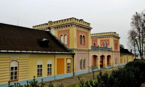 Zdjecie SłOWACJA / Kraj koszycki / Hodkovce / Barokowo-klasycystyczny dwór z XVII wieku