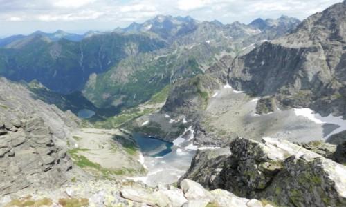 Zdjecie SłOWACJA / Tatry / gdzieś na szlaku  /  taki krajobraz w drodze na rysy :)