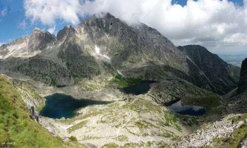 SłOWACJA / Wysokie Tatry. / Szlak  na  Lodową Przełęcz (Siodełka) / Panorama - Pięć stawów w Spiskiej