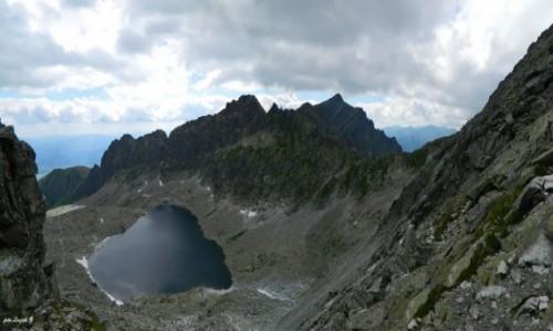 SłOWACJA / Wysokie Tatry. / Dolina Furkotna. / Panorama z Bystrej Ławki do Doliny Furkotnej.