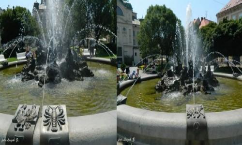 Zdjęcie SłOWACJA / Kotlina Koszycka. / Koszyce. / Koszyce - Fontanna ze znakami zodiaku.