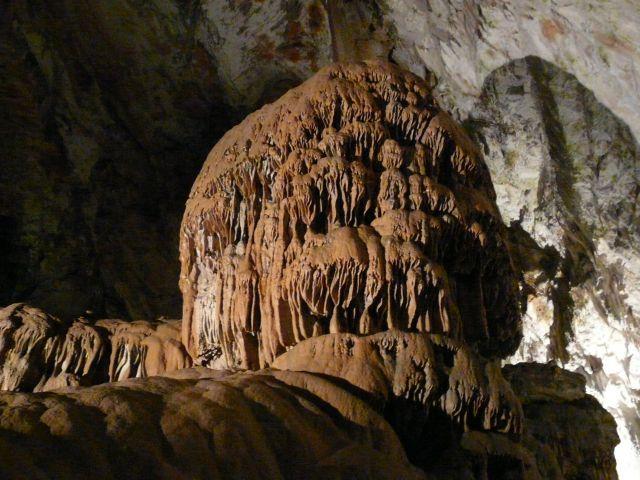 Zdjęcia: Jaskinia Postojna, rejon Lublany, Stalagmit, SłOWENIA