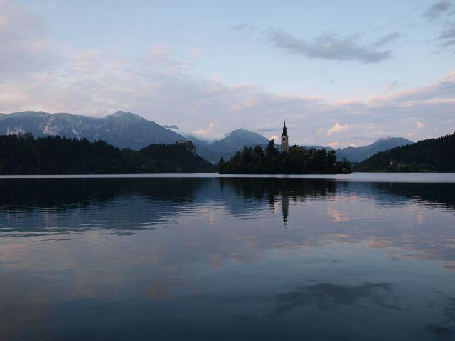 Zdjęcia: Jezioro Bled, Alpy, wieczorem..., SłOWENIA