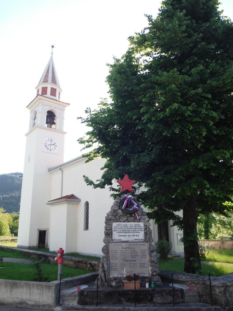 Zdjęcia: Ravnica, Tyrnowski Gozd, Synkretyzm, SłOWENIA