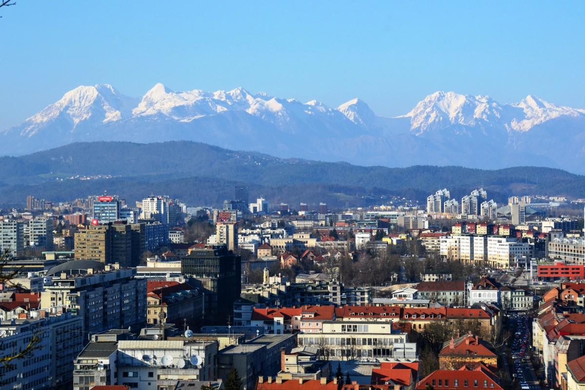 Zdjęcia: Ljubljana, Ljubljana, Na tle Alp, SłOWENIA