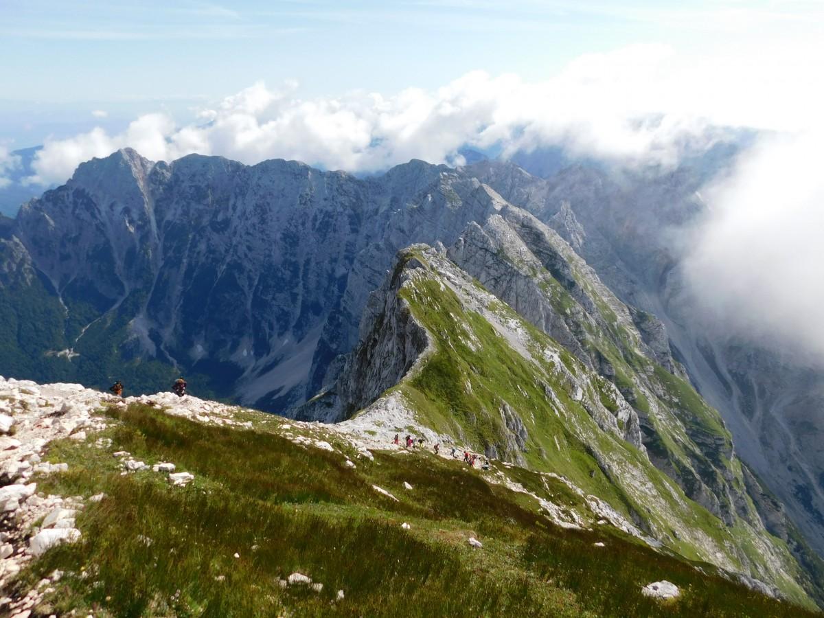Zdjęcia: pod Mangart, Alpy Julijskie, szlaki w górach, SłOWENIA