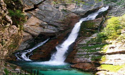 Zdjecie SłOWENIA / Alpy Julijskie / Wodospad Savica / Źródło najczystrzej rzeki Europy