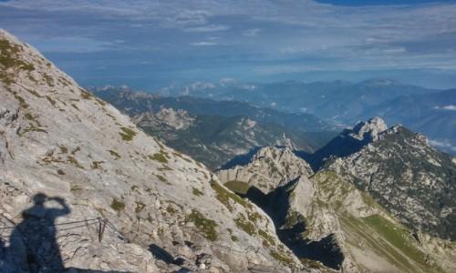Zdjęcie SłOWENIA / alpy / okolice Mangart / tuż pod szczytem mangart 2677 npm
