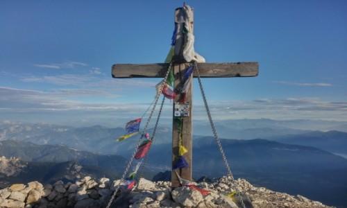 Zdjęcie SłOWENIA / alpy julijskie / okolice Mangart / krzyż na Mangart