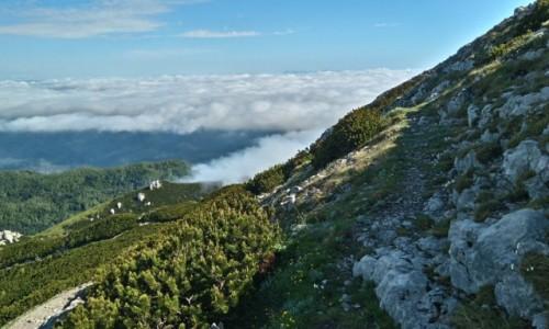 Zdjecie SłOWENIA / Góry Dynarskie / Sneżnik / Chmury w górach