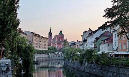 Zdjecie SłOWENIA / Primorje / Lublana / Poranek nad Lublanicą