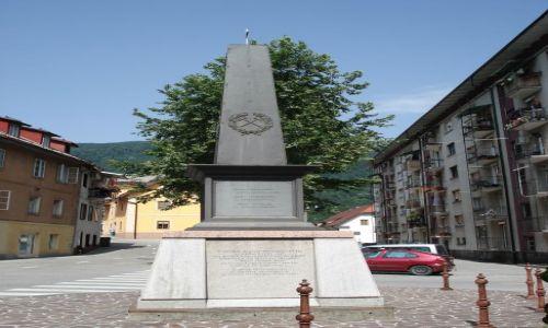 Zdjęcie SłOWENIA / Gorycja / Idrija / Górniczy obelisk