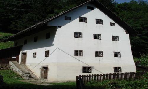Zdjęcie SłOWENIA / Gorycja / Idrija / Stary górniczy dom