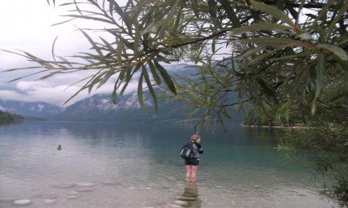 SłOWENIA / - / Lake Bohinj / Lonely Lake