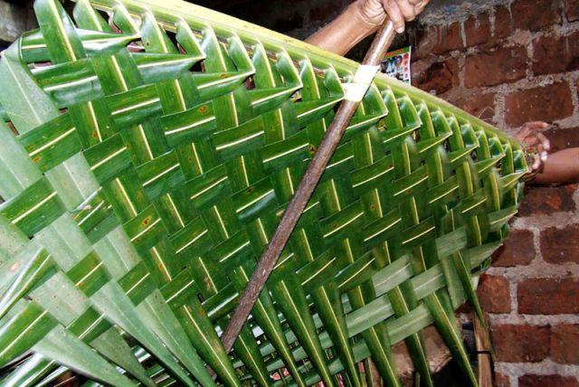 Zdjęcia: palmowa dachówkA, SRI LANKA