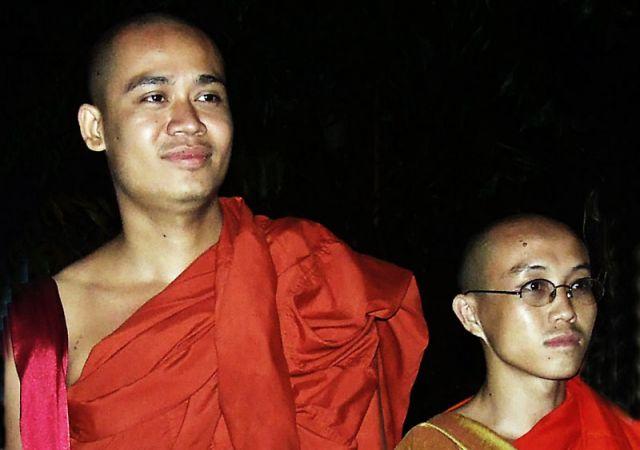 Zdjęcia: mnisi buddyjscy, SRI LANKA