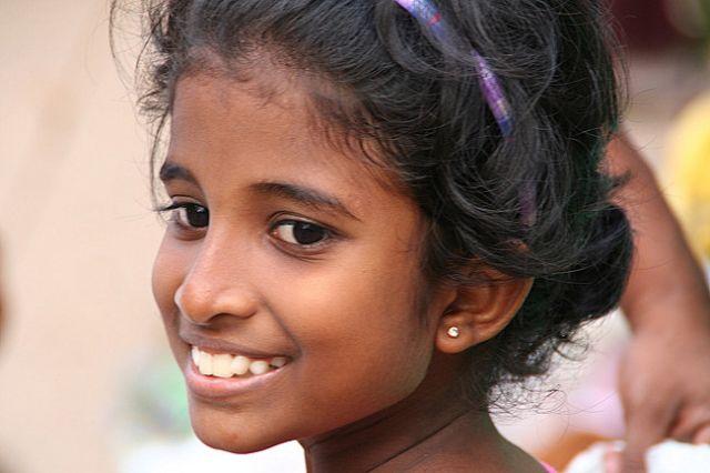 Zdjęcia: Południe Wyspy, Dziewczynka, SRI LANKA