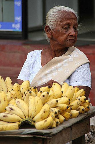 """Zdjęcia: Południe Wyspy, 'Sprzedaję Banany"""", SRI LANKA"""