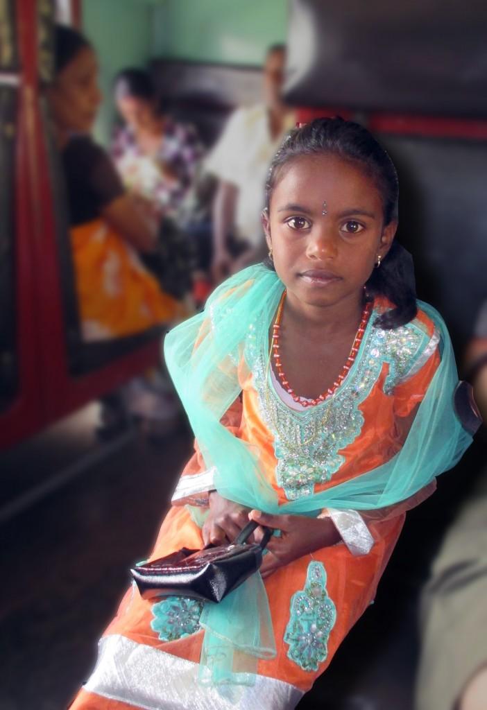 Zdjęcia: Wagon IIIkl. na trasie do Pinnawala, Kandy, Śliczna, SRI LANKA