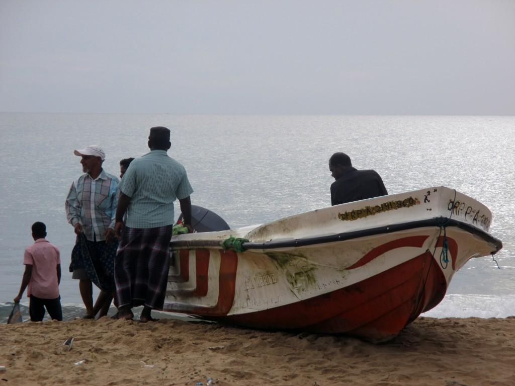 Zdjęcia: Mankeni, Północno-wschodnie wybrzeże, Przed wypłynięciem, SRI LANKA